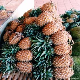 Mola yeri - ananas